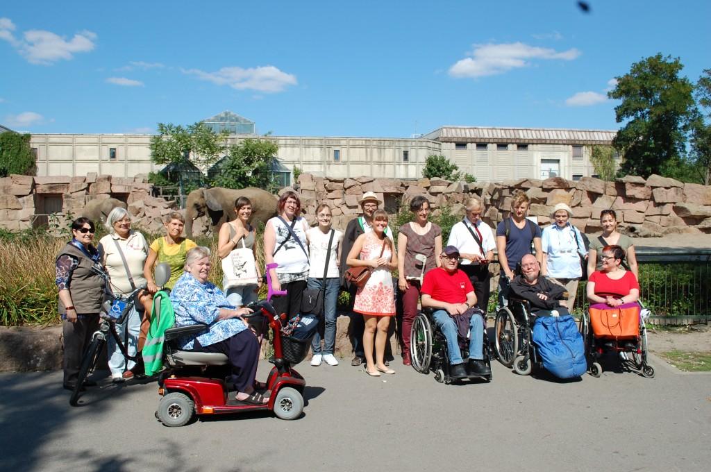 Ein Gruppenfoto der Teilnehmer