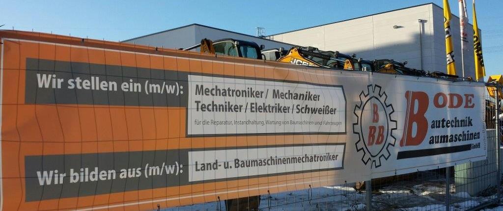 """""""Wir stellen ein"""" – Neuansiedlungen wie die Bode Bautechnik Baumaschinen schaffen Arbeitsplätze in Lichtenberg. Die Stellenausschreibung ist übrigens noch aktuell! Foto: Nüske"""