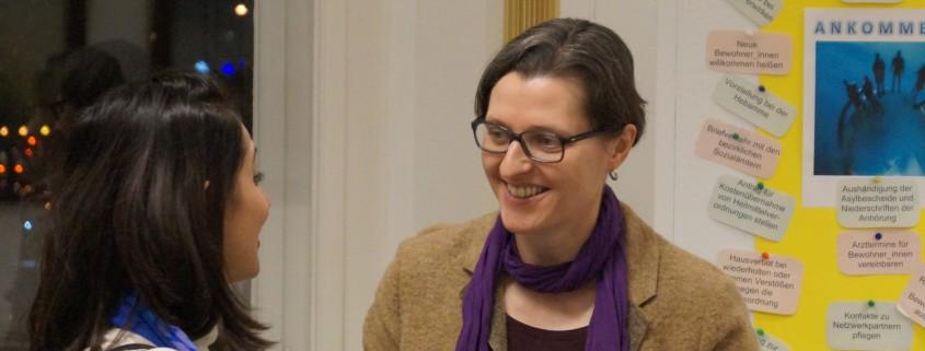 Frau Monteiro im Gespräch auf der langen Nacht der Politik